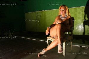 Solenna club libertin wannonce escorte girl